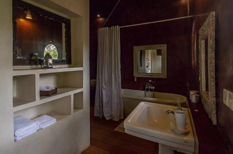 Villa Galante 576 190068197906 Bathroom