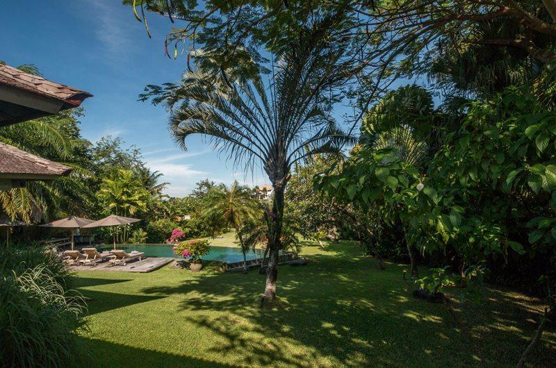 Villa Galante 576 302743051619 Swimming Pool And Garden