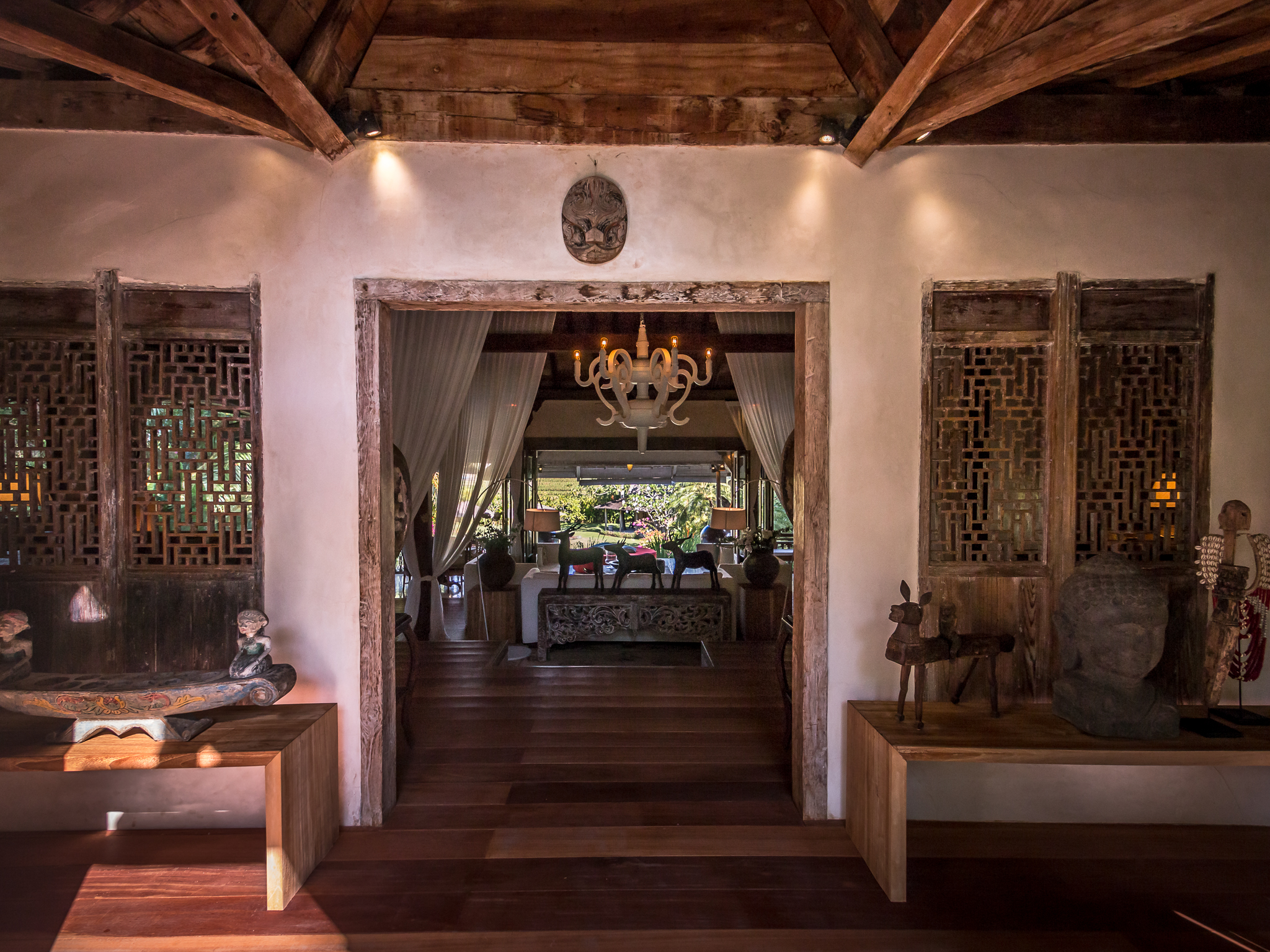 Villa Galante 576 801122731908 Entrance To Living Area