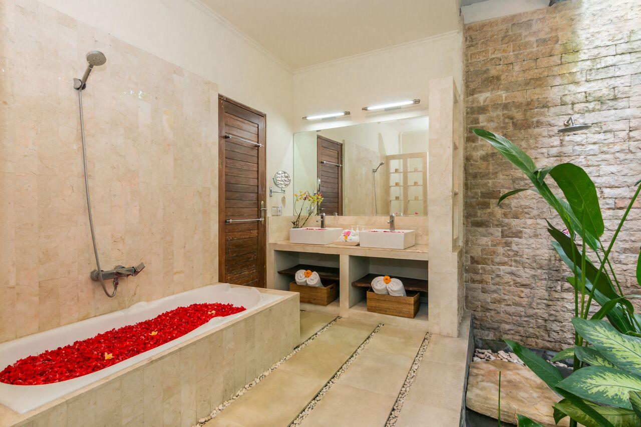 Villa Beji 580 397529650910 Bathtub