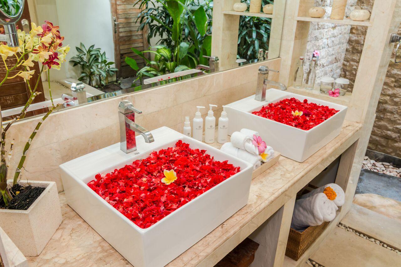 Villa Beji 580 749108267019 Bathroom