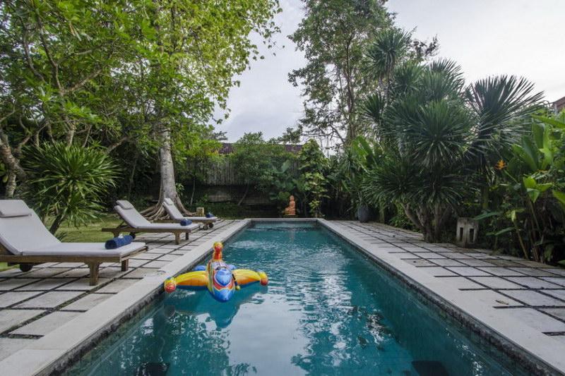 Villa Bidadari 587 476975068922 Poolside