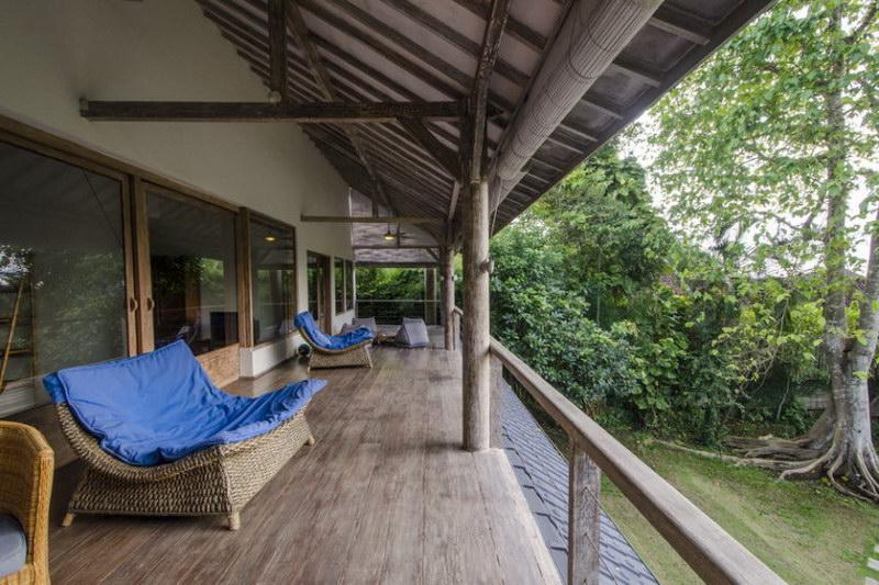 Villa Bidadari 587 847280101820 Balcony