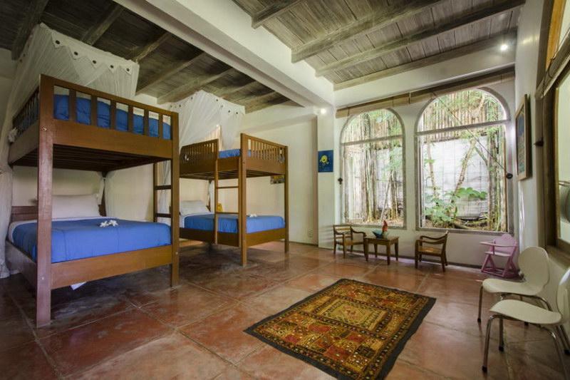 Villa Bidadari 587 88395477369 Beds
