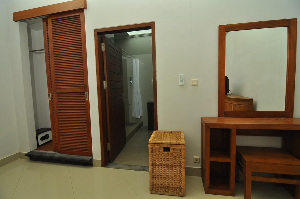 Villa Safeer 598 326068482813 Bedroom
