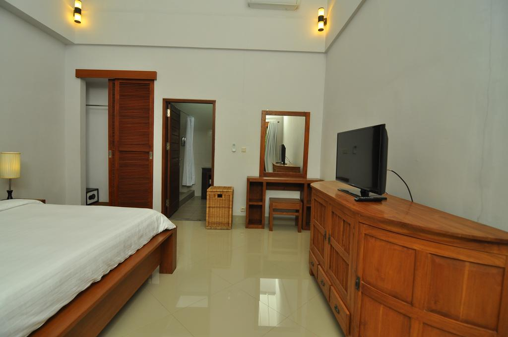 Villa Safeer 598 613518618010 Bedroom