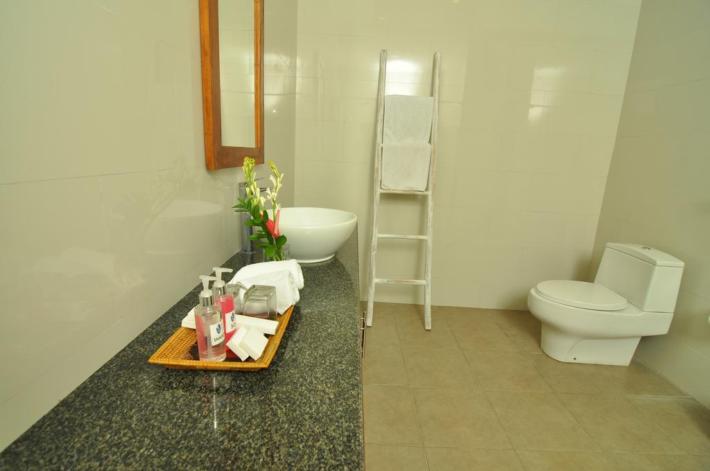 Villa Safeer 598 745000177022 Bathroom