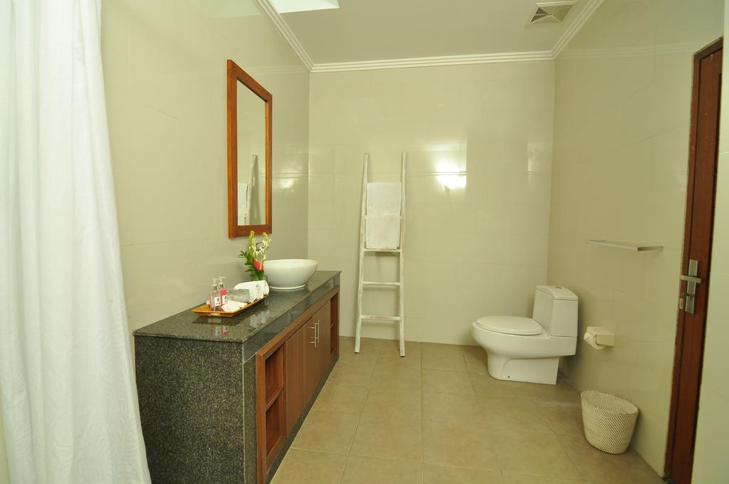 Villa Safeer 598 902996028721 Bathroom