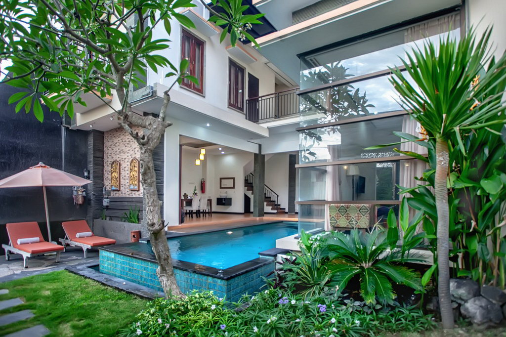 3 Bedroom Villa Nakula Seminyak with Private Pool