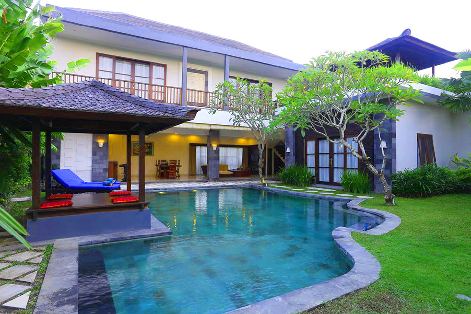 3 Bedroom Villa Fanisa Close to Echo Beach in Canggu