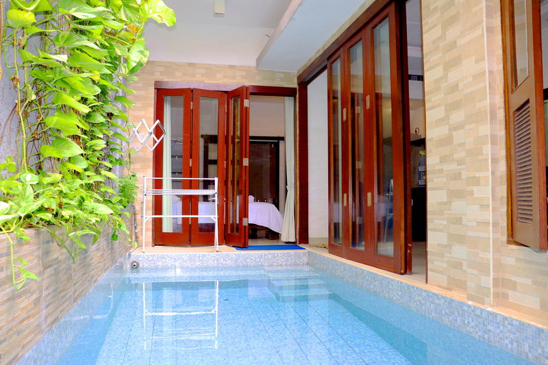 4 Bedroom Villa Anyar with Private Pool in Kuta